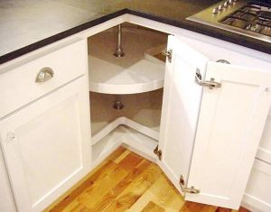 kitchen storage ideas - the piano-hinged door
