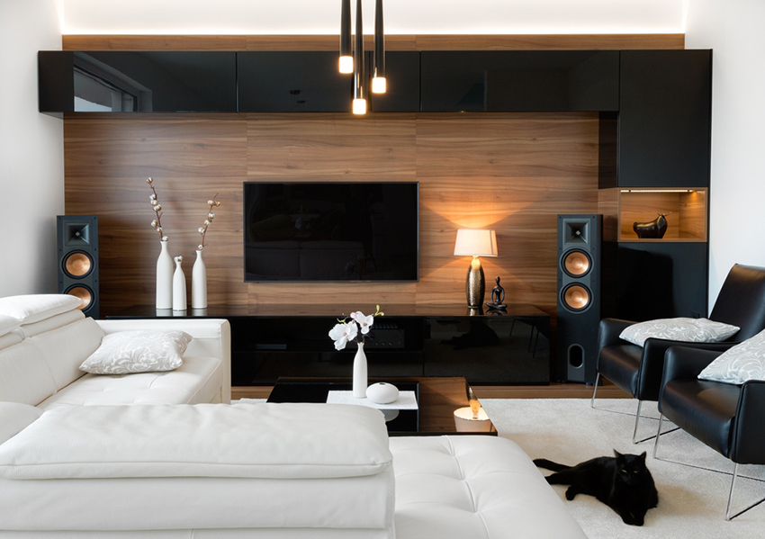 Design de sous-sol avec cinéma maison