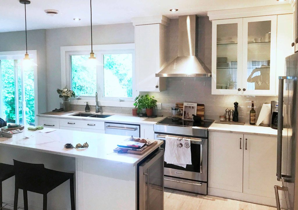 Kitchen Renovation and  Design in Dollard-des Ormeaux
