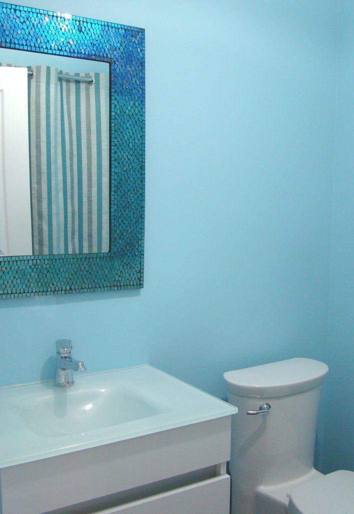 Bathroom Make-Over in Saint-Henri
