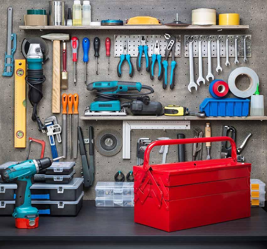 Design de sous-sol avec un atelier