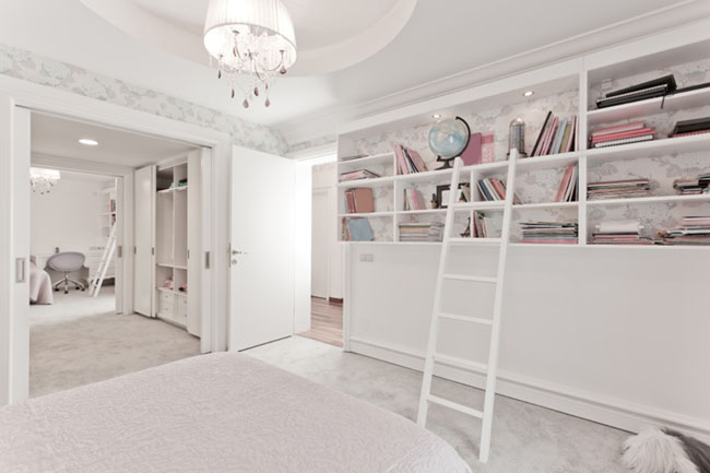 Bedroom Design with Enough Storage