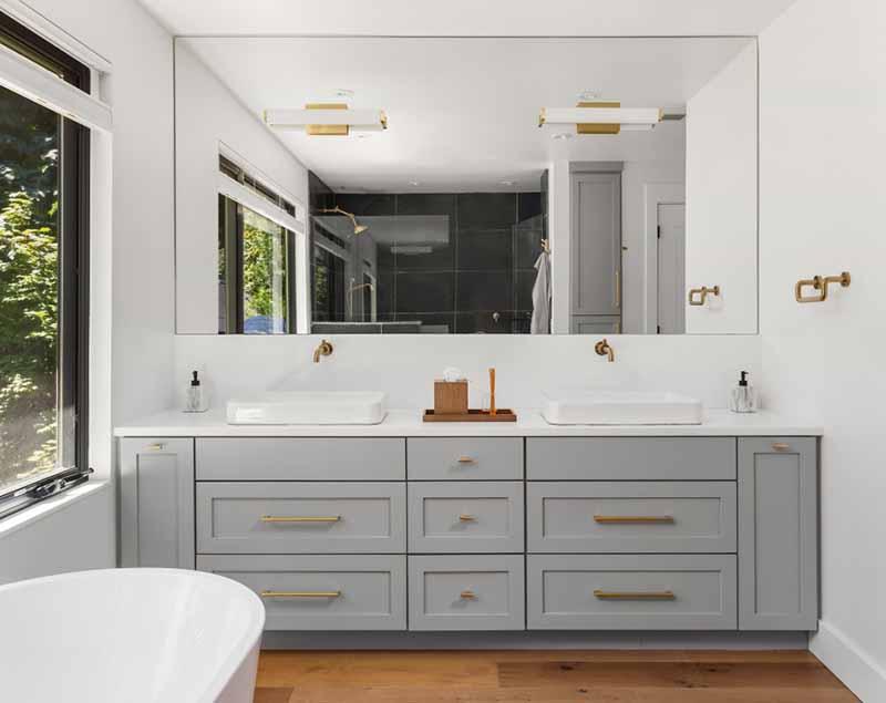 Master En Suite Bathrooms