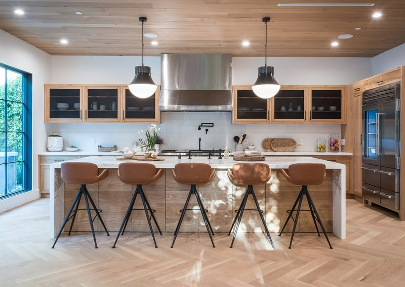 Bright Industrial-style kitchens