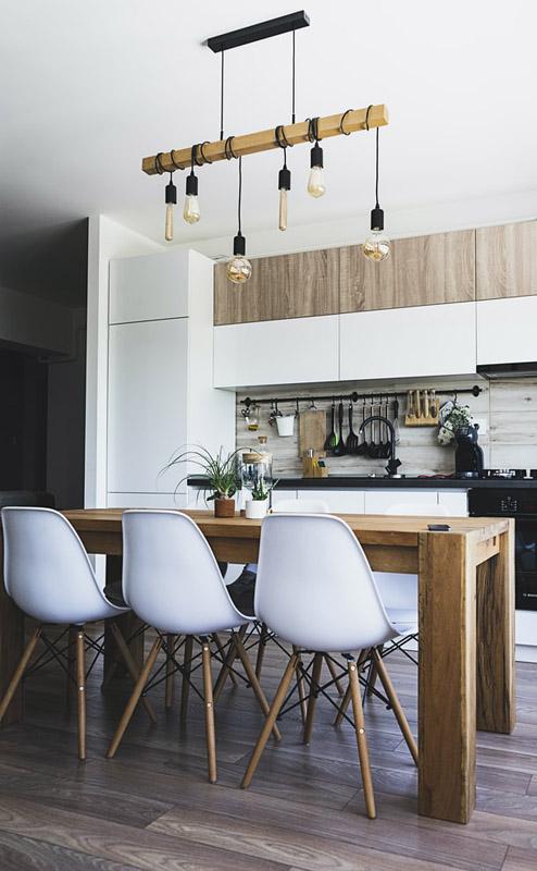 Beautiful hard wood engineered floors